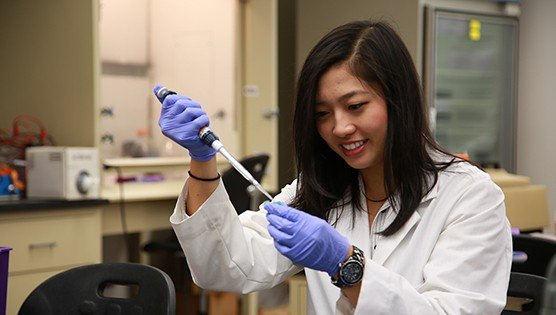 Pre-Med Advising Program | Degrees at Cal Lutheran