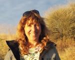 Lisa E Dahill