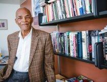 Int'l scholar awarded endowed position